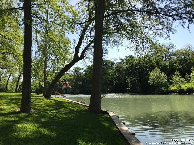 355  Guadalupe River Dr-33