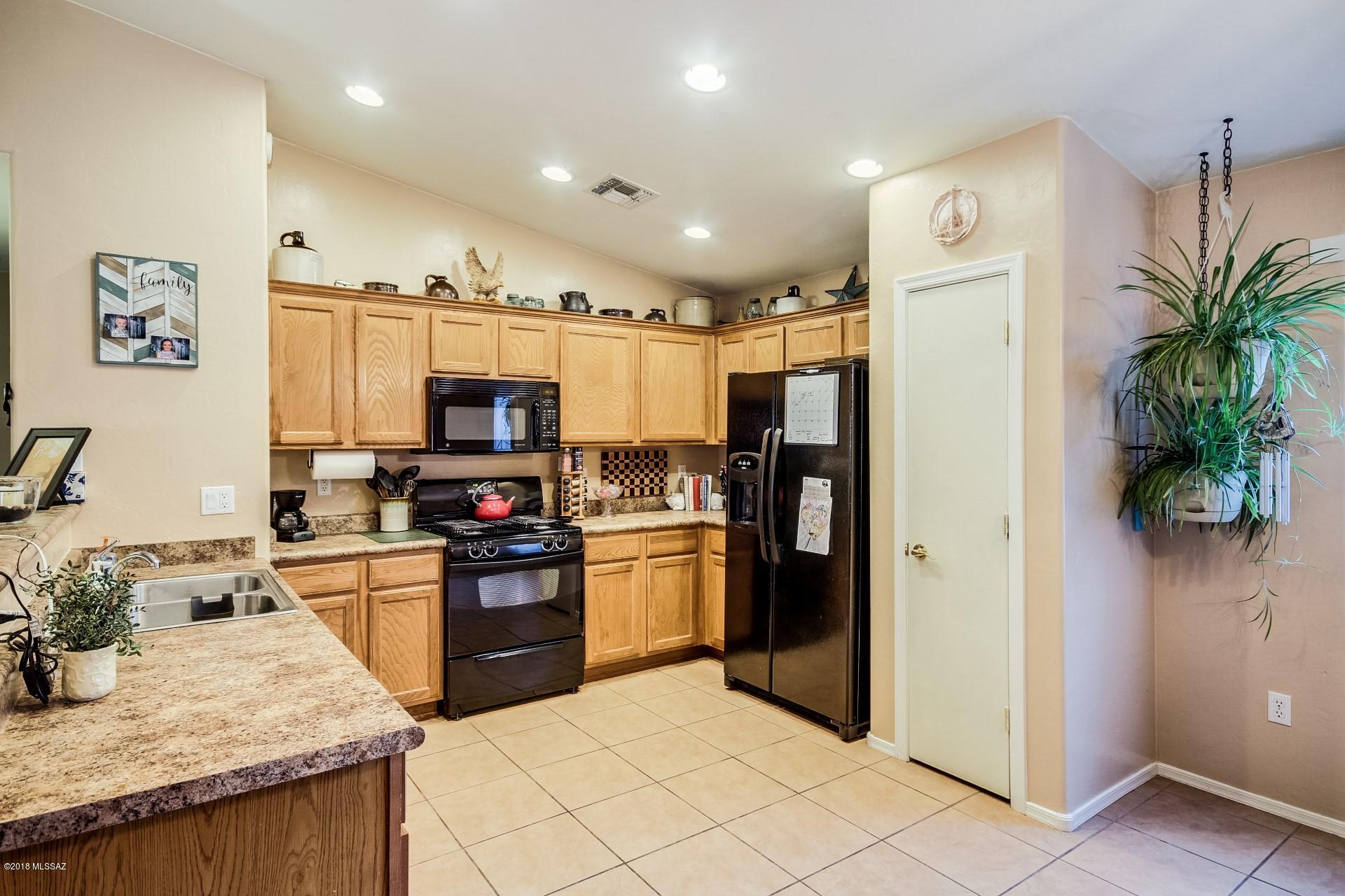 7240 S Millers Tale Drive-8