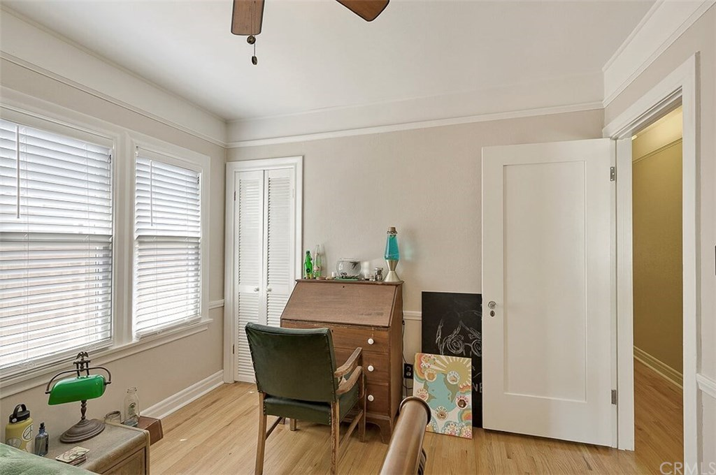 529 W Whiting Avenue-24